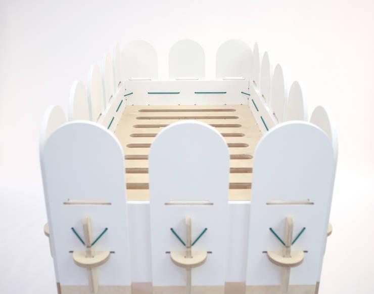 Olli, lit évolutif de 0 à 6 ans: Chambre d'enfants de style  par MathieuG Design