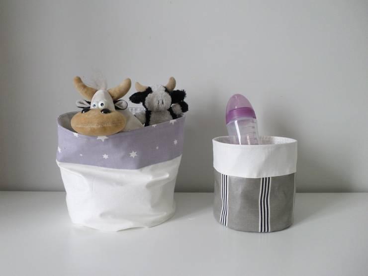 Panières de rangement : Chambre d'enfants de style  par ATELIER DE LA VARANG