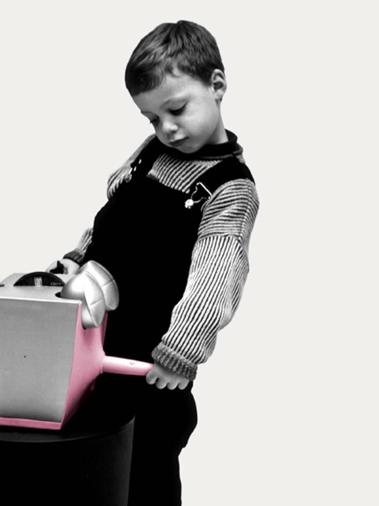 Tip top: Chambre d'enfants de style  par TING