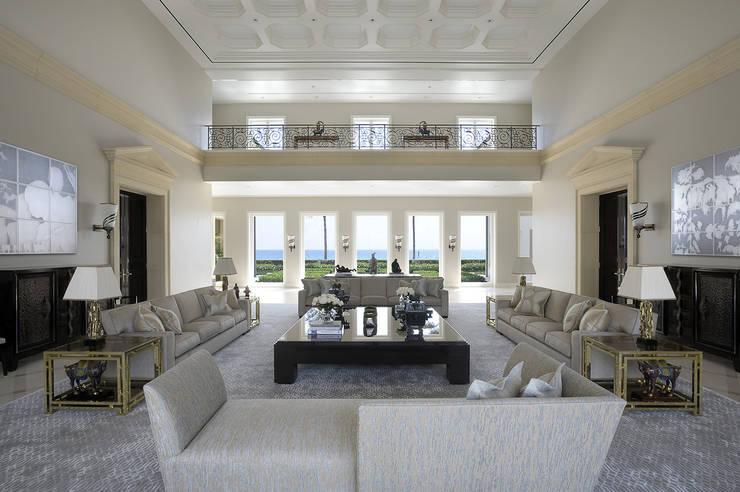 Residenza privata - Palm Beach, Florida - Main salon:  in stile  di Ti Effe Esse Interiors