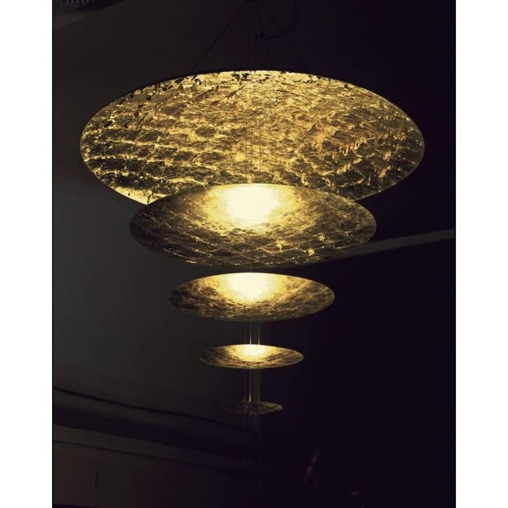 Sistemma Castellani & Smith:  de style  par Luminaires Design Marseille