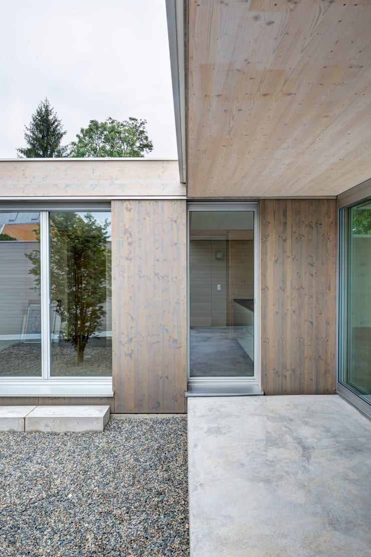 casa Sisini – Croci Torti: Casa in stile  di Cattaneo Brindelli architetti associati