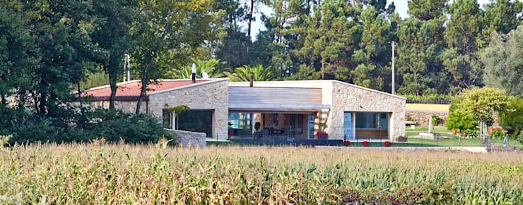 Casas  por HUGA ARQUITECTOS