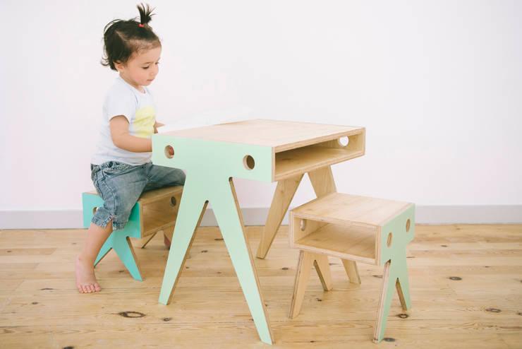 Детская комната в . Автор – NIMIO · muebles que buscan personas