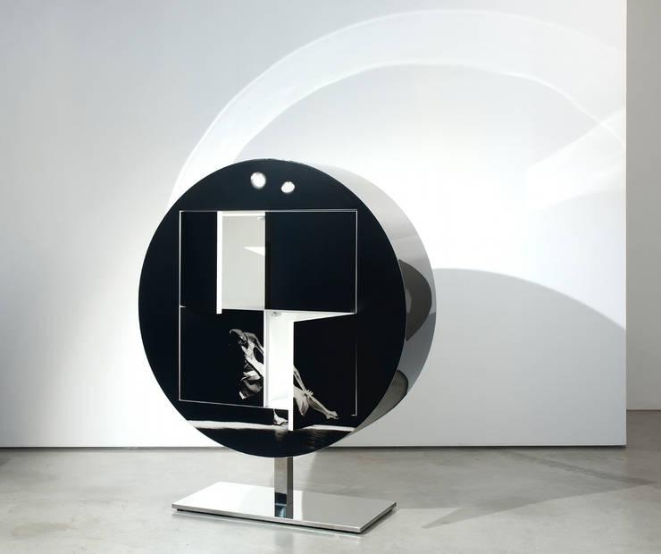Mobile DO:  in stile  di Dima snc di Maiocchi Dario e c., Moderno