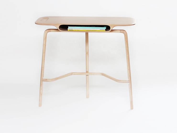 Bureau Malvina: Bureau de style  par Loïc Bard