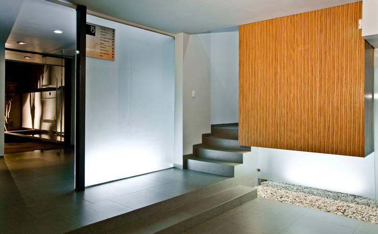 de estilo  por Taller5 Arquitectos