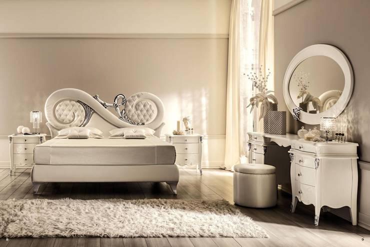 ห้องนอน by Royz Furniture