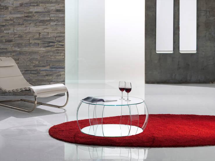 TAVOLINO BARRIQUE: Soggiorno in stile in stile Eclettico di Reflex