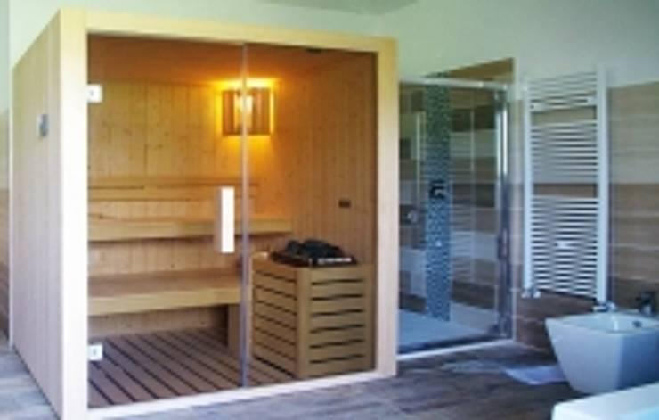 Sauna finlandese:  in stile  di blumaxx, Moderno