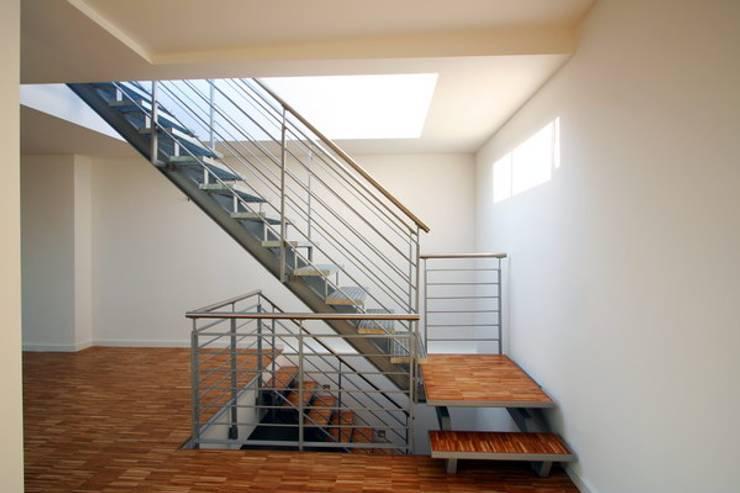 Dachgeschossausbau Zusammenlegung Von 3 Wohnungen Kuno Fischer