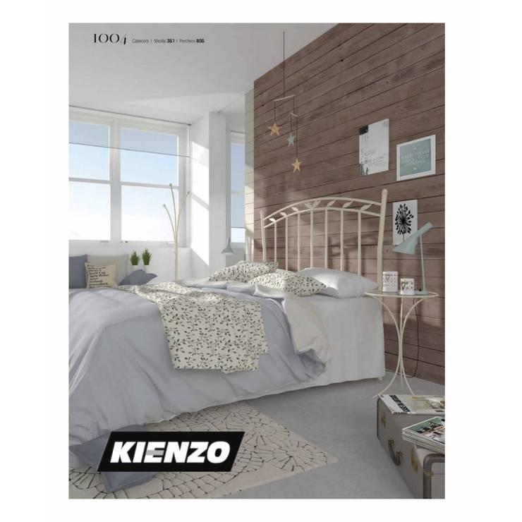 Cabecero de forja 1004: Dormitorios de estilo  de TRENTO by Kienzo