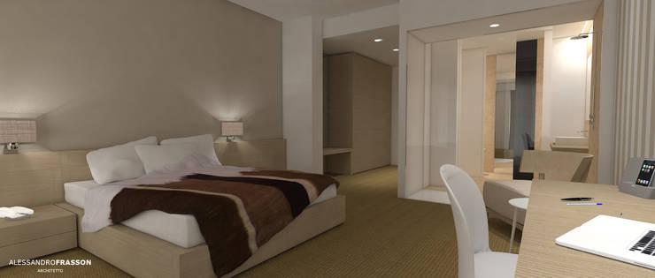 HILTON STANDARD BEDROOM CONCEPT: Hotel in stile  di Studio Frasson