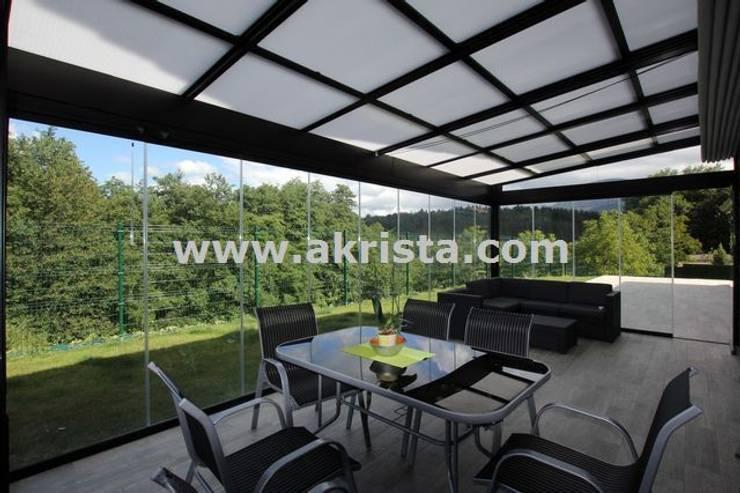 cerramiento de terraza :  de estilo  de Akrista
