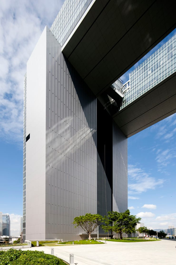 HKSAR Government Headquarters:  Office spaces & stores  by Rocco Design Architects Limited