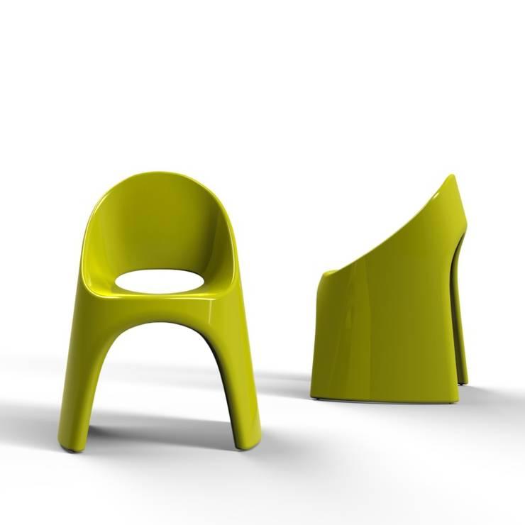 Amélie sedia: Negozi & Locali Commerciali in stile  di pertichini design,