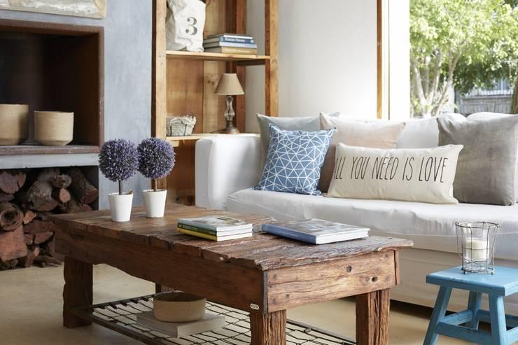 غرفة المعيشة تنفيذ VILLATTE - La Maison