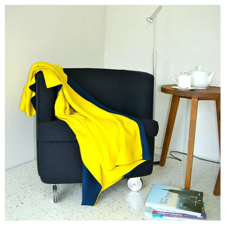 Doubleface - Wendedecke gelb/dunkelblau: modern  von Lenz & Leif,Modern