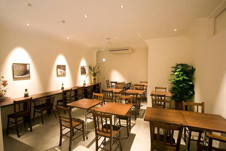 アジアンスイーツ&カフェ香記: KEY OPERATION INC. / ARCHITECTSが手掛けたレストランです。