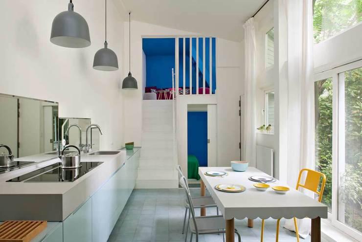 appartement M:  de style  par element-s