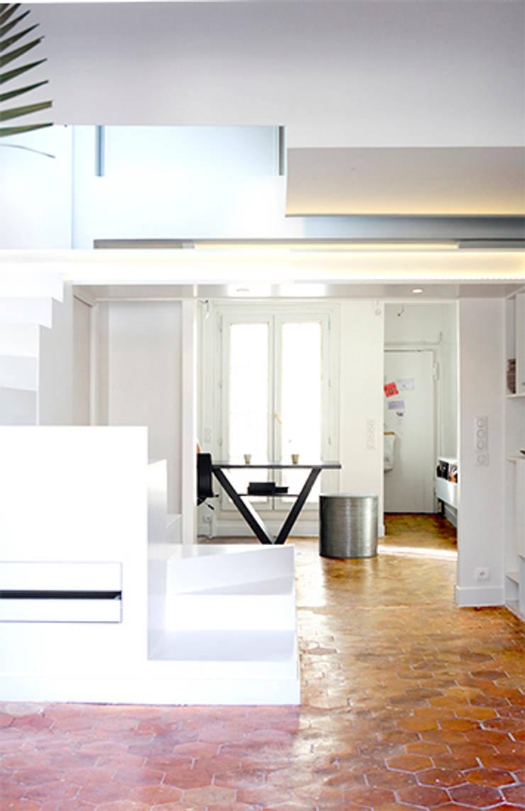 Appartement Paris 2:  de style  par RICCARDO HAIAT