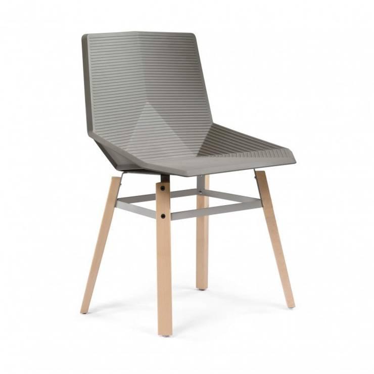 Green Stuhl von MOBLES114:   von Halbinsel Möbelagentur,