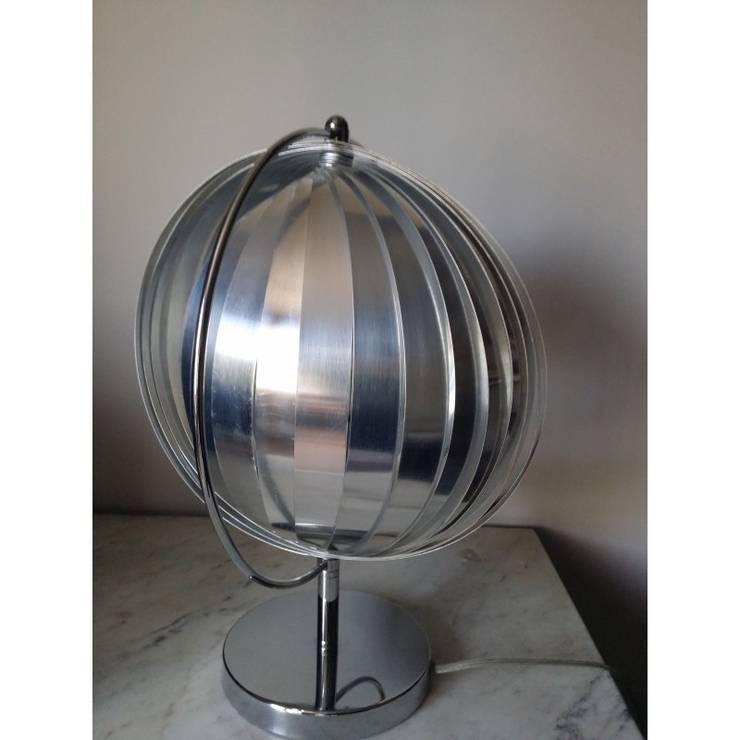 Lampe Sphère: Maison de style  par So Chic So Design