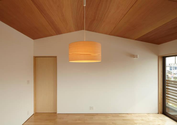 Quartos  por Osamu Sano Architect & associates