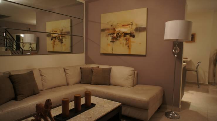 Sala.: Salas de estilo  por Softlinedecor