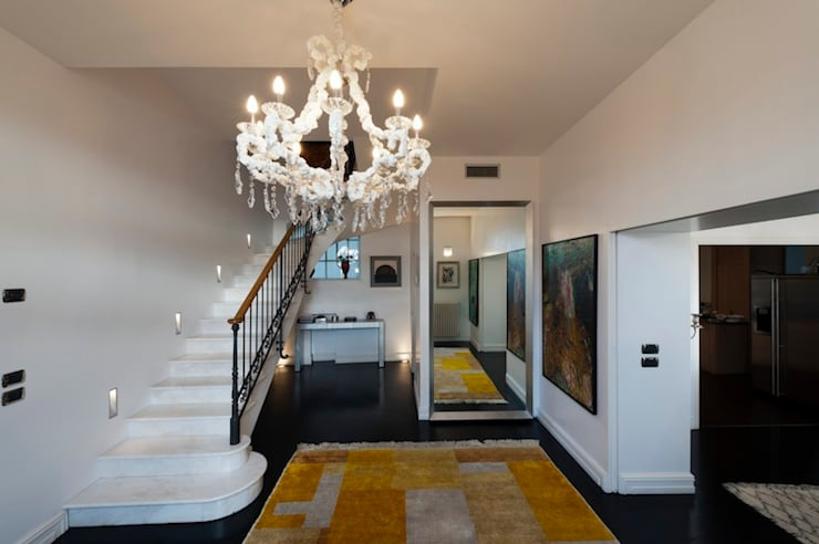 Villa Libera (Liguria Ponente): Ingresso & Corridoio in stile  di studiodonizelli