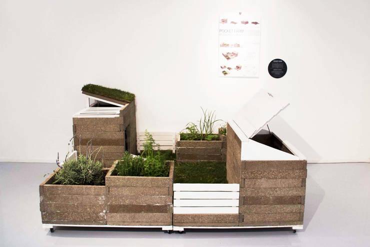 Pocket Farm | Green Biz: Giardino in stile  di Lascia la Scia S.a.s.