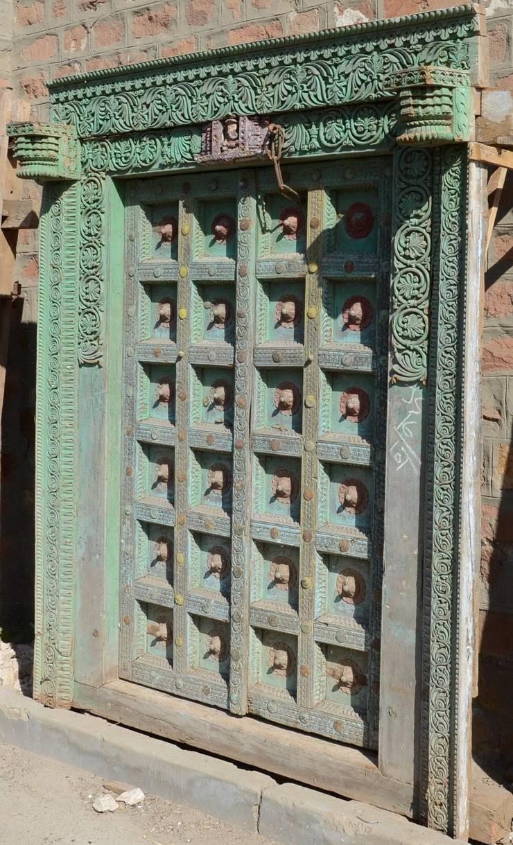 Vintage Tür vintage-türen und -fenster aus indien von guru-shop | homify
