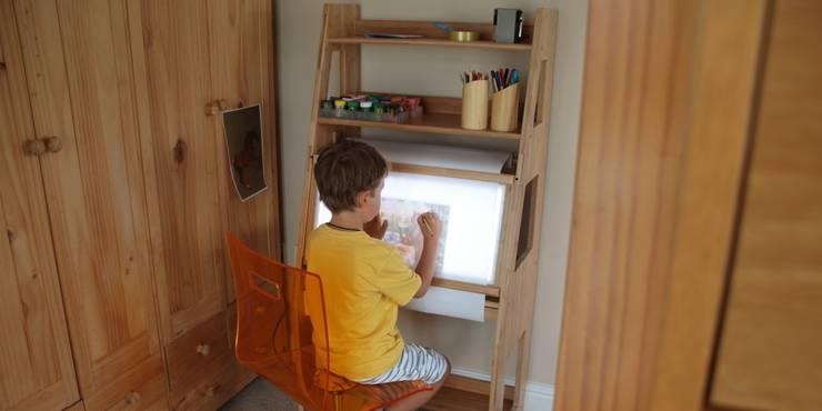 Acrylic Swivel Chair:  Bedroom by Woodquail
