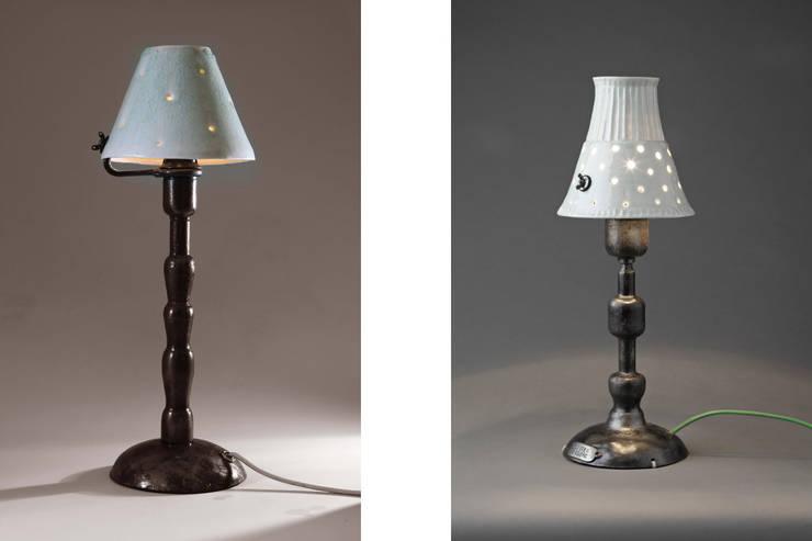 """Lampes à poser """" Alpha"""": Maison de style  par Olivier Le Clerc"""
