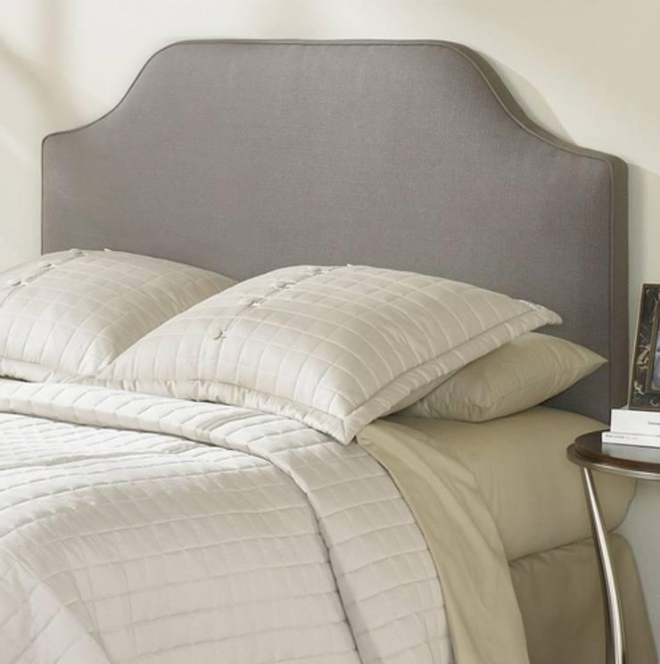 DESDEDIEGO - VERSALLES: Dormitorios de estilo  de DESDEDIEGO DECORACIÓN