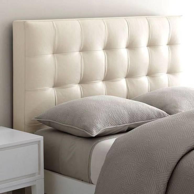 DESDEDIEGO - ESCORIAL: Dormitorios de estilo  de DESDEDIEGO DECORACIÓN