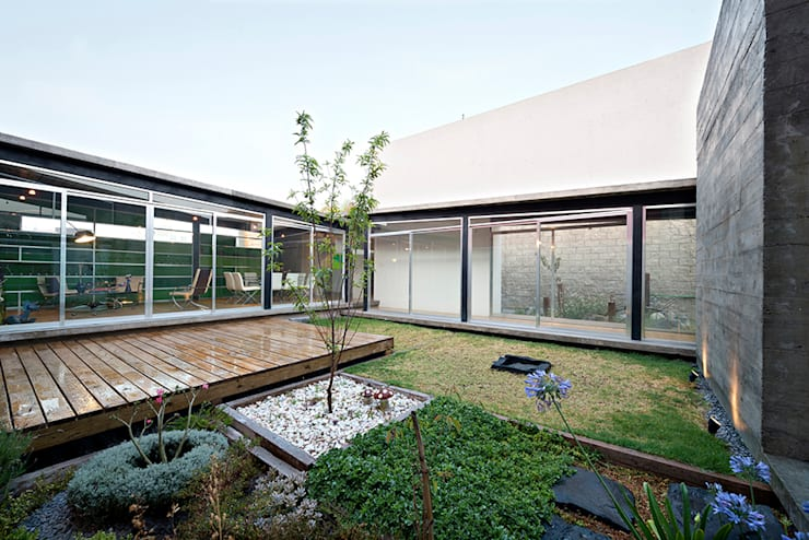 casa DAUZ: Jardines de estilo  por NonWarp
