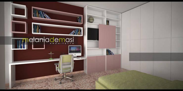 Casa Napoletana: Camera da letto in stile  di melania de masi architetto