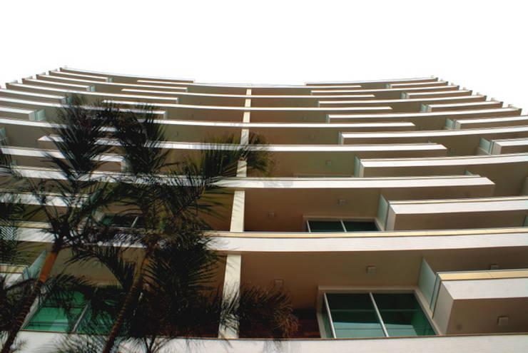 Edifício Tutto Residenziale:   por Alberto Torres + Audrey Bello Ramos