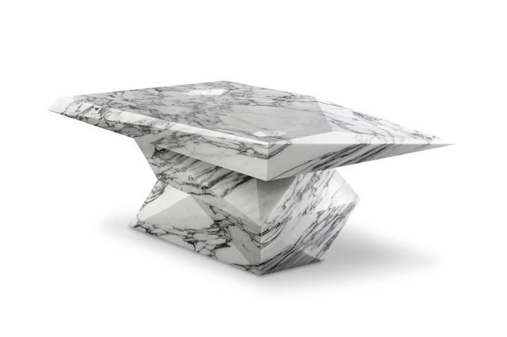 Loris, un tavolo nascosto nel marmo: Paesaggio d'interni in stile  di michbold
