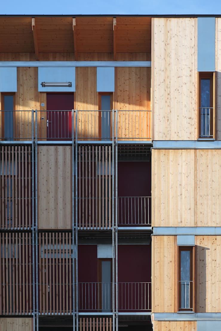 42 logements à Aurillac: Maisons de style  par Atelier Architecture