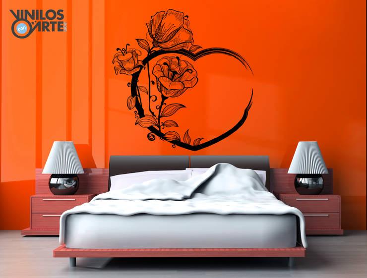 -: Dormitorios de estilo  de Vinilos con Arte