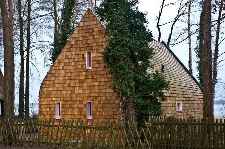Casas de estilo  por Pfeiffer Architekten