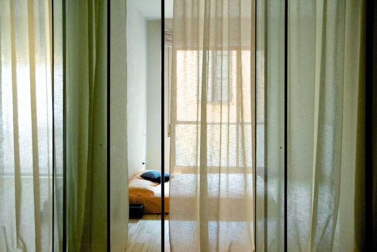 Casa per una ballerina: Case in stile  di Angeli - Brucoli Architetti,