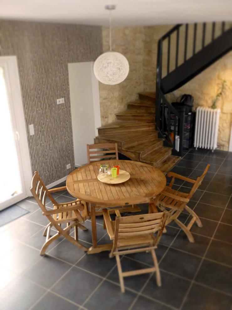 maison dalzac: Maisons de style  par franck amblard (la ruche design)