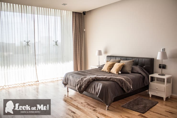modern Bedroom by Look at Me