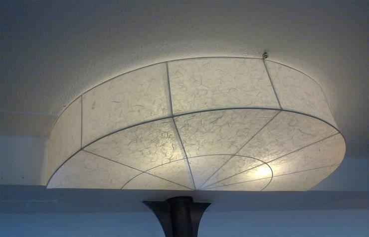 Malak Halbkreisscheibe: modern  von espo-leuchten,Modern Papier