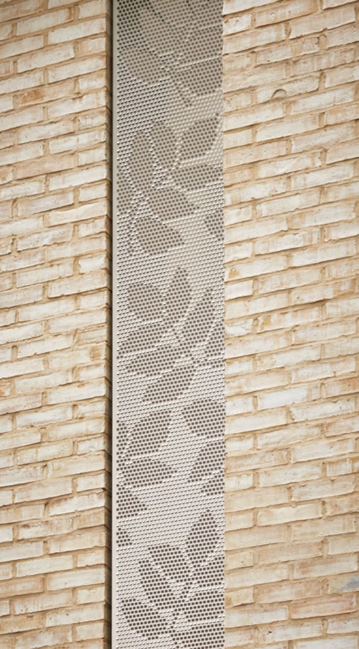 Coram Campus:  Walls & flooring by Giles Miller Studio