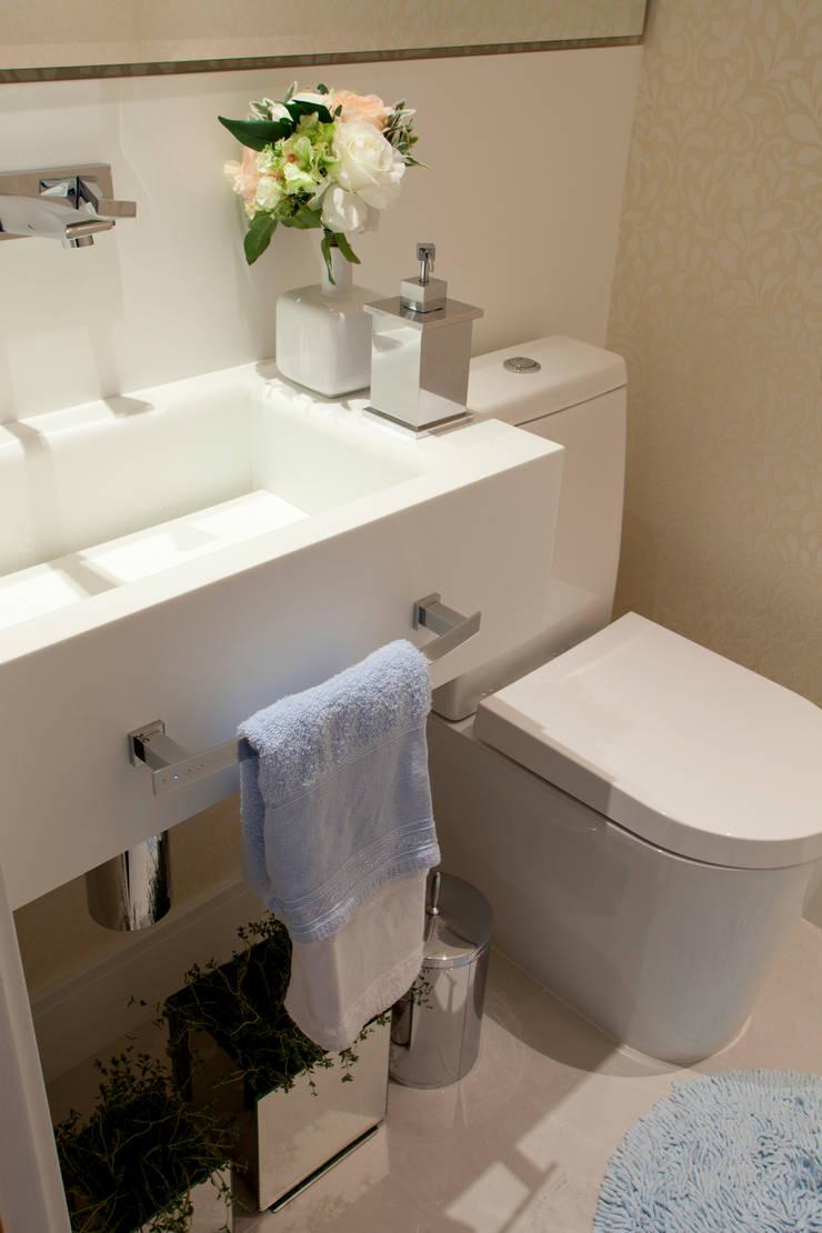 Lavabo - Cobertura: Banheiro  por Orlane Santos Arquitetura