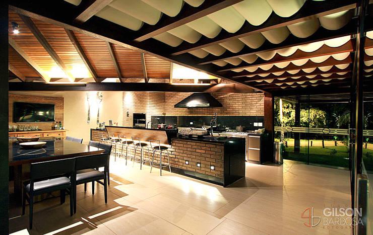 منازل تنفيذ Izabela Kassar Moretzsohn Arquitetura